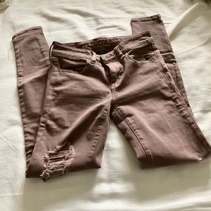 American Eagle Rosy Pink Ripped Jeans 👖